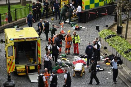 Emergency-services-at-the-scene-outside-the-Palace-of-Westminster-London-after-policeman-has-been