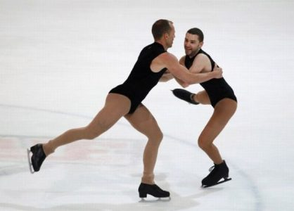 Fassbender of Germany (L) and Zamponi of France compete in the figure skating event during the Gay Games VIII in Cologne August 2, 2010. Some 10,000 gays and lesbians competed in 35 kinds of sport during the 8-day event, which aims to promote self-confidence in homosexual communities around the world, the organiser said on its website.  REUTERS/Thomas Peter (GERMANY - Tags: SPORT SOCIETY)