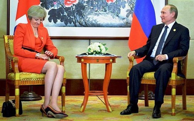 Russian President Vladimir Putin meets with British Prime Minister Theresa May as part of the G20 Summit in Hangzhou, China, September 4, 2016. Sputnik/Kremlin/Alexei Druzhinin/via REUTERS ATTENTION EDITORS - THIS IMAGE WAS PROVIDED BY A THIRD PARTY. EDITORIAL USE ONLY. - RTX2O1TR